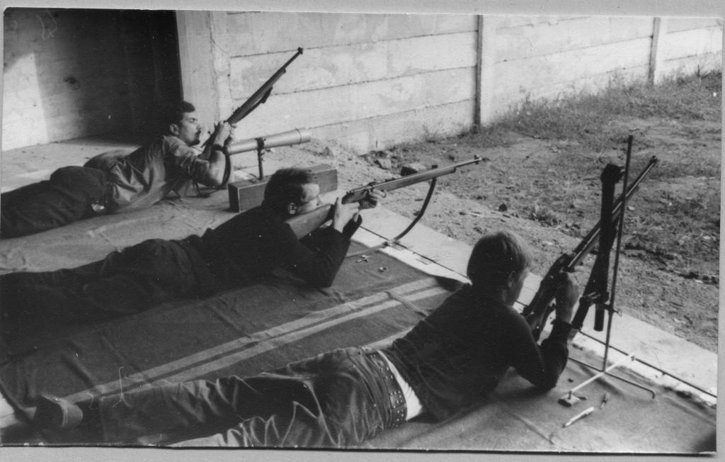 lövészek (Új Bányamécs archívum)